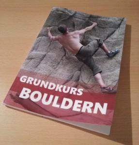 Das erste und bislang einzige gedruckte Exemplar des Grundkurs Bouldern. Mehr ist in Arbeit. ;)